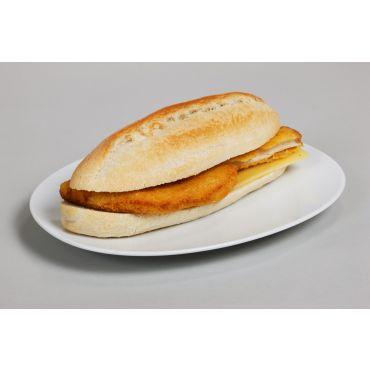 Sandwich mit Poulet-Schnitzel & Käse