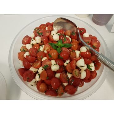 Tomaten/ Mozzarella Salat